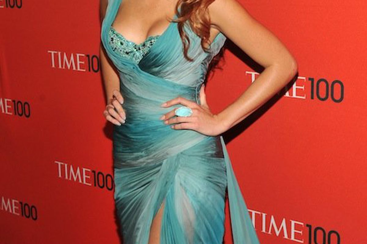 Blake Lively, redhead, in Zuhair Murad. Photo credit: Getty Images.