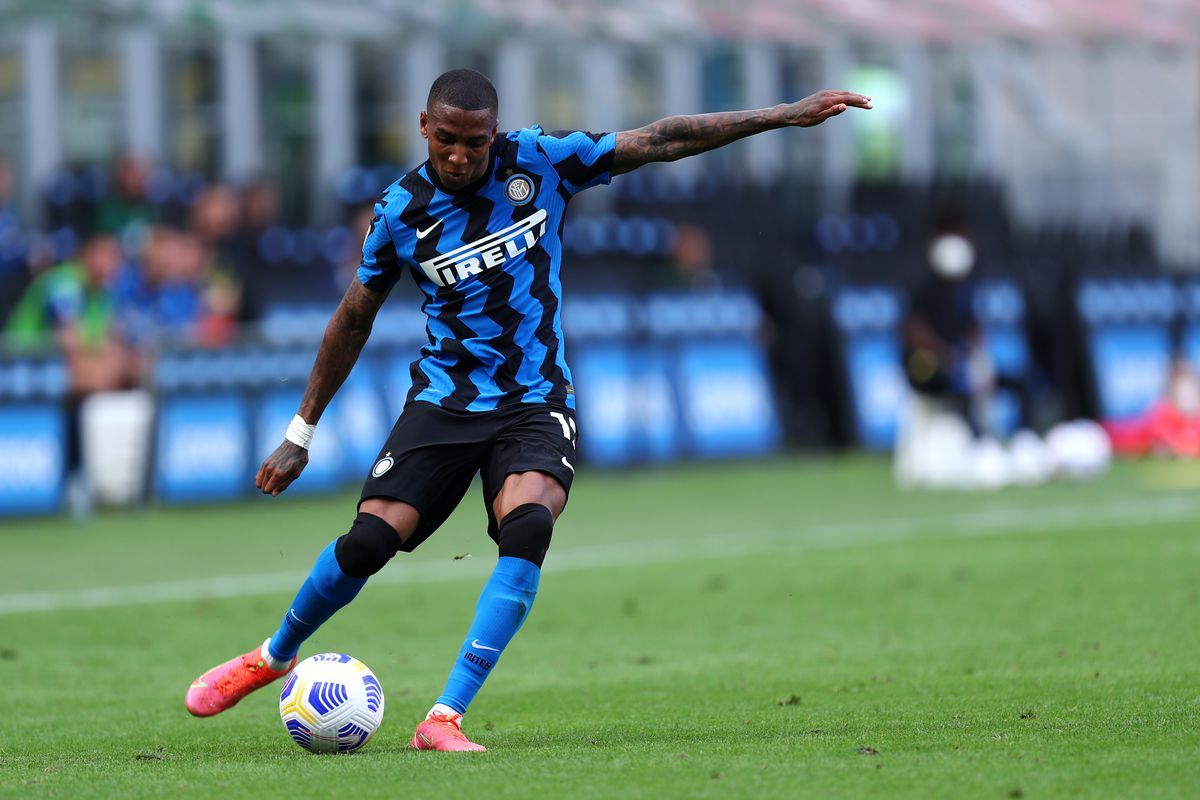 Ashley Young of Fc Internazionale in action during the...