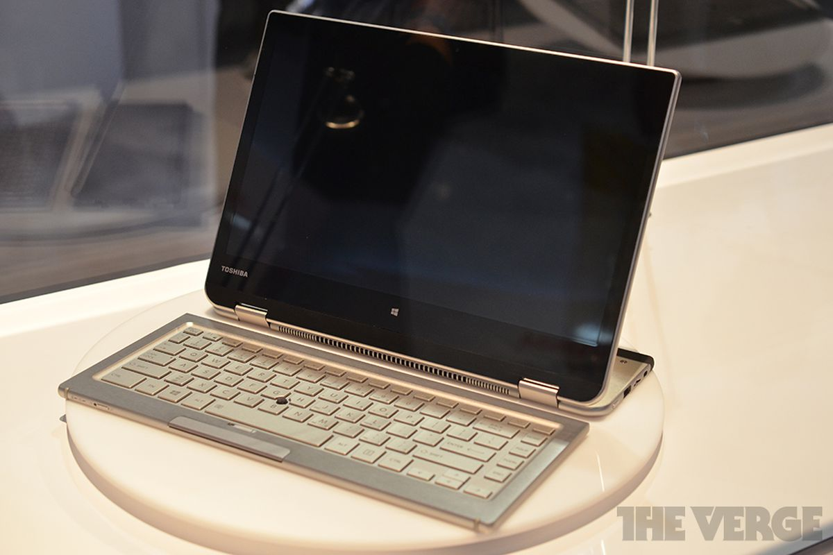 Gallery Photo: Toshiba 5-in-1 concept PC