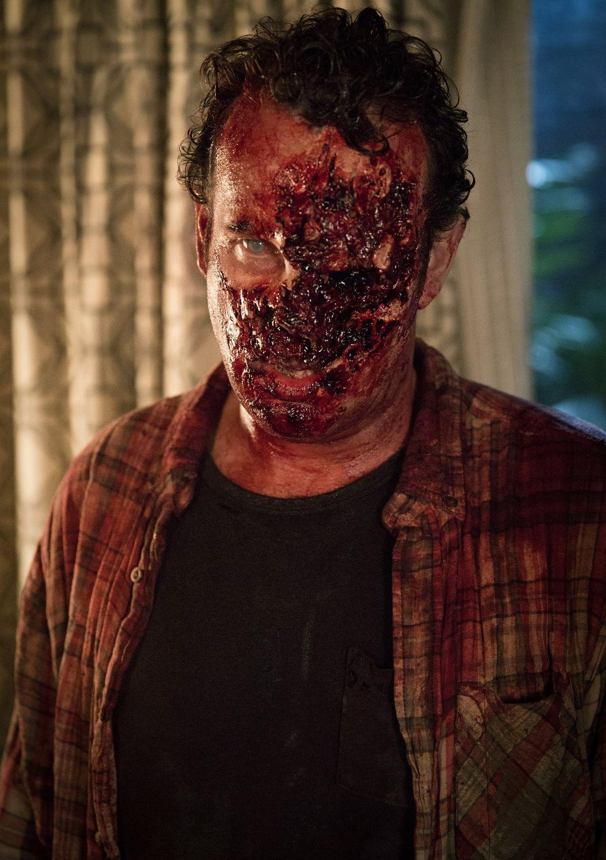A Fear the Walking Dead zombie.