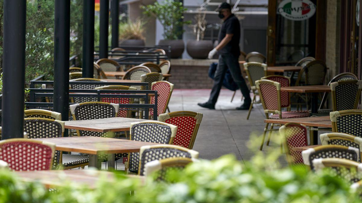 An empty patio at a Dallas restaurant