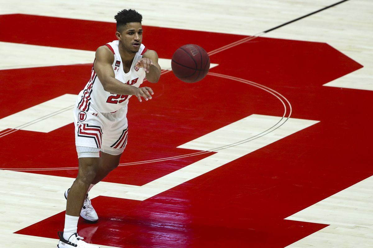 Utah Utes guard Alfonso Plummer (25) passes the ball during game against Oregon State at the Huntsman Center on the University of Utah campus in Salt Lake City on Wednesday, March 3, 2021. Utah lost 75-70 in the second-to-last regular season game of the year.