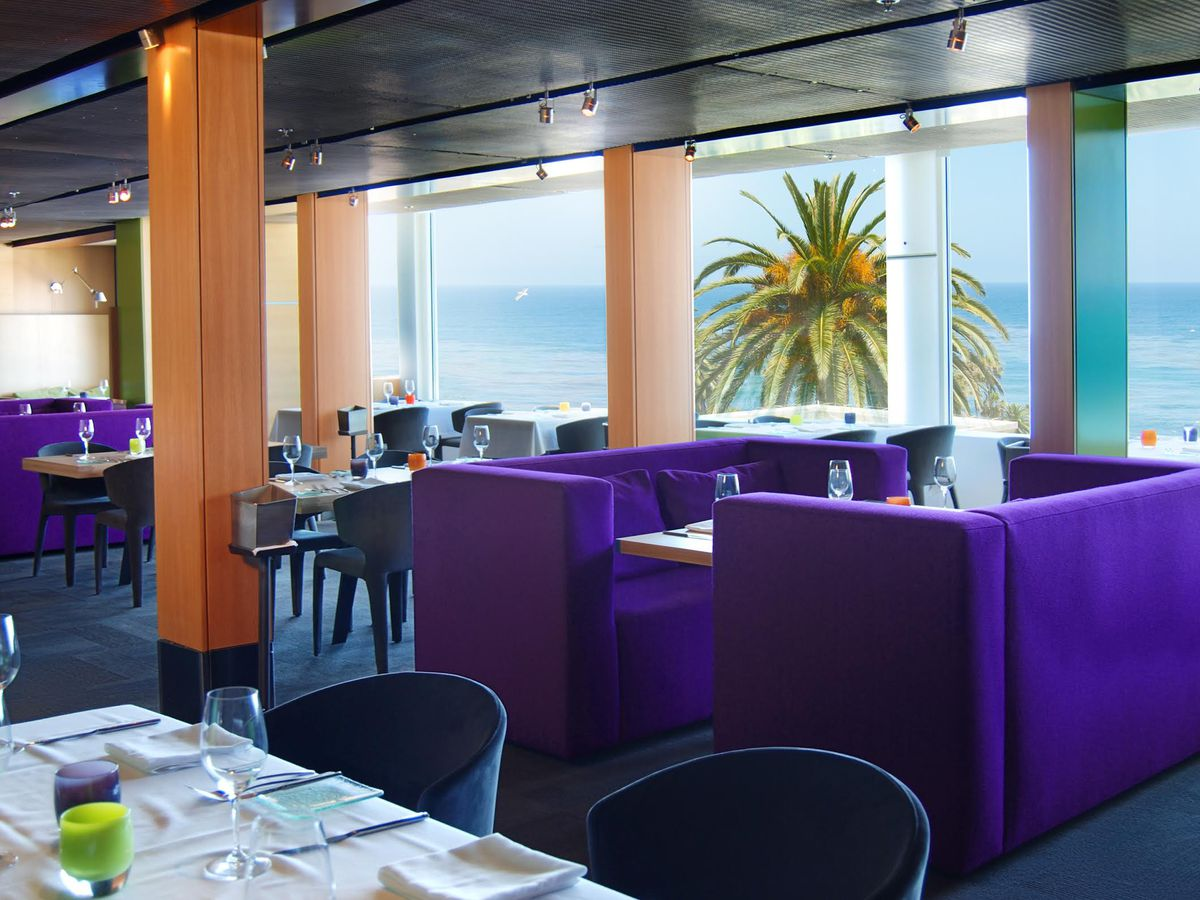 The dining room at George's at the Cove
