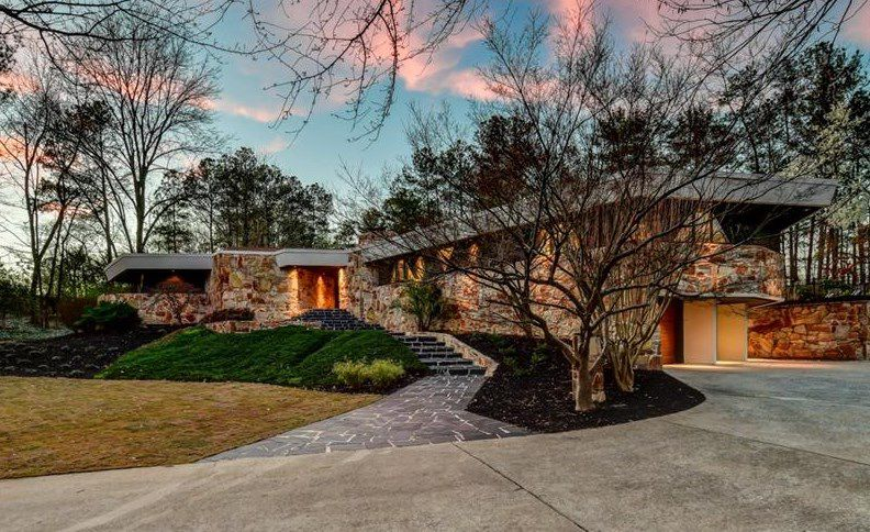 A home for sale by Robert Green in Buckhead, Atlanta.