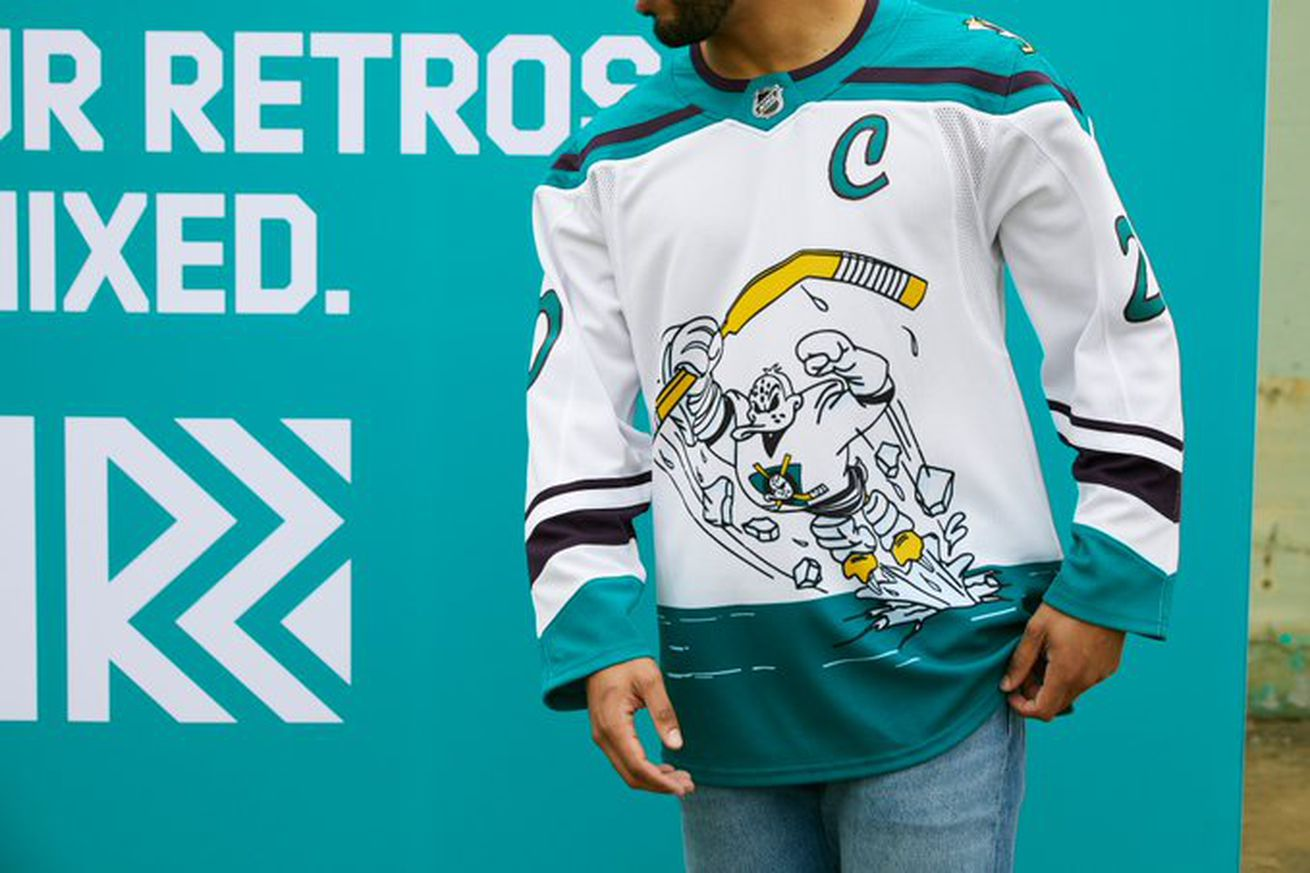 Em89MrPXIAMOeNL.0 - Every new NHL throwback jersey, described in one sentence