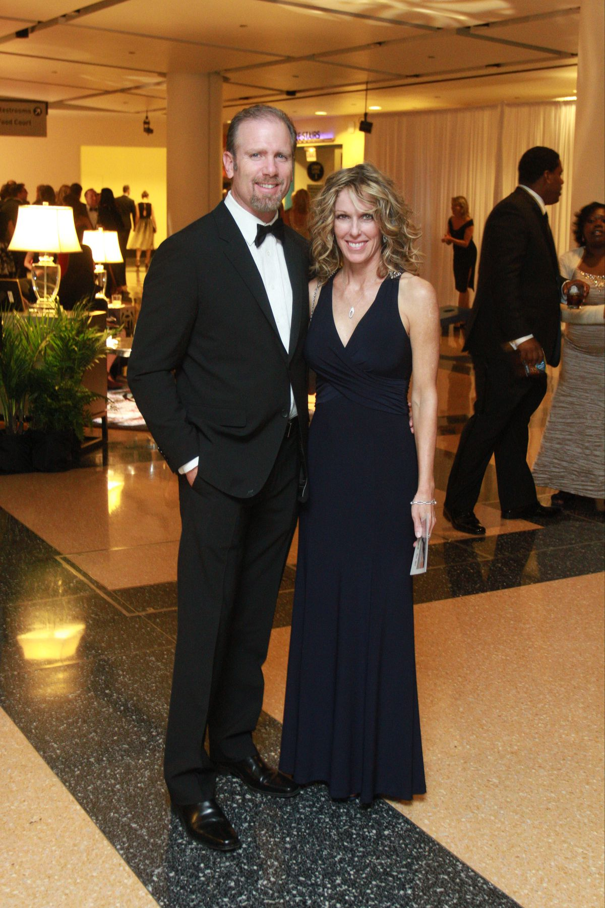 Gary and Cheryl Rabine at the Museum of Science and Industry's 33rd Annual Columbian Ball in 2014.