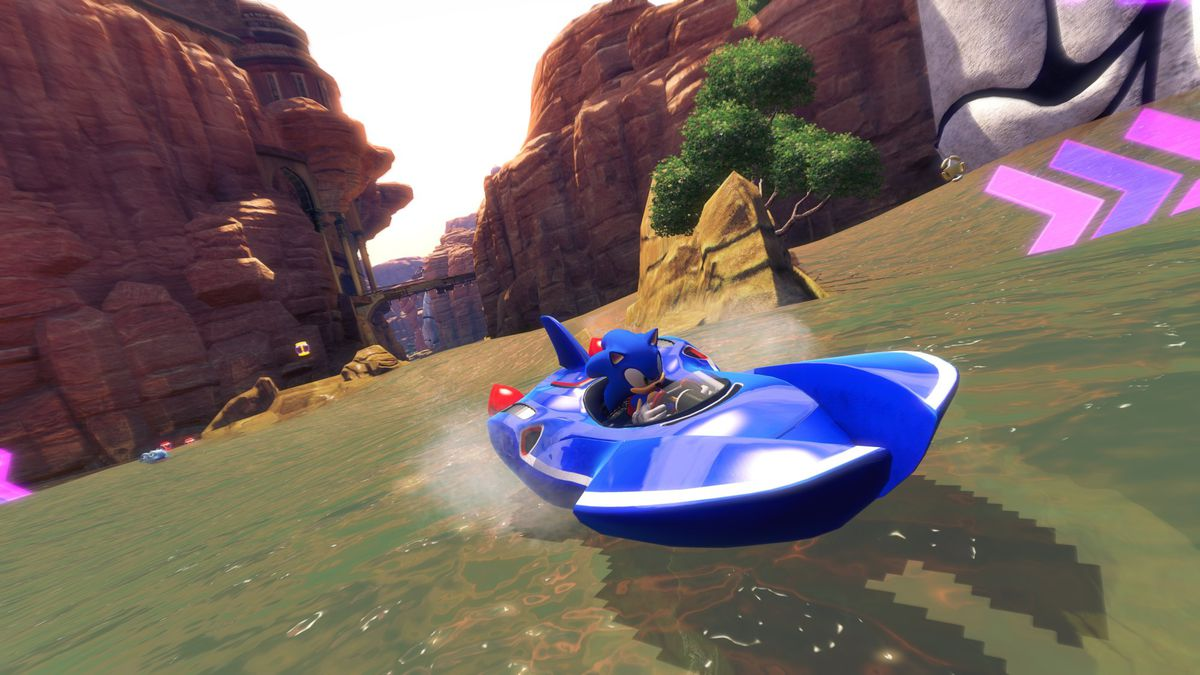 Sonic & All-Stars Racing Transformed review main 2000