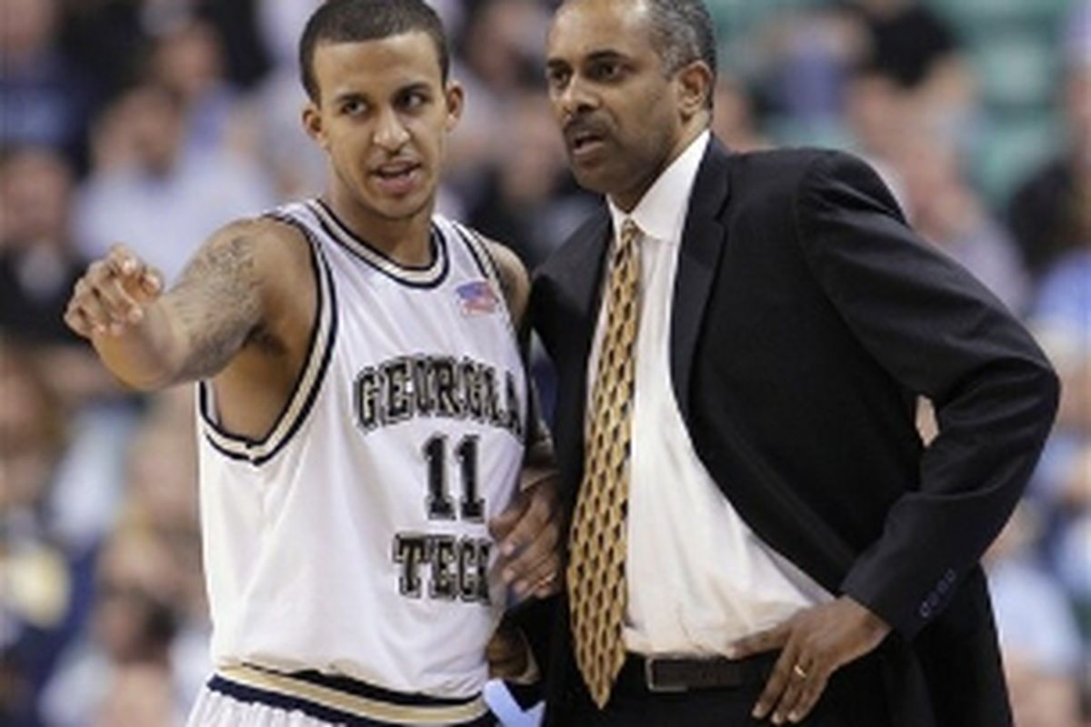 Brian Oliver decided to transfer following the firing of his head coach, Paul Hewitt. (Associated Press)