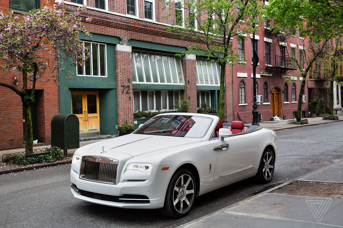 rolls royce turns suicide doors 39 dark past into an elegant tradition the verge. Black Bedroom Furniture Sets. Home Design Ideas