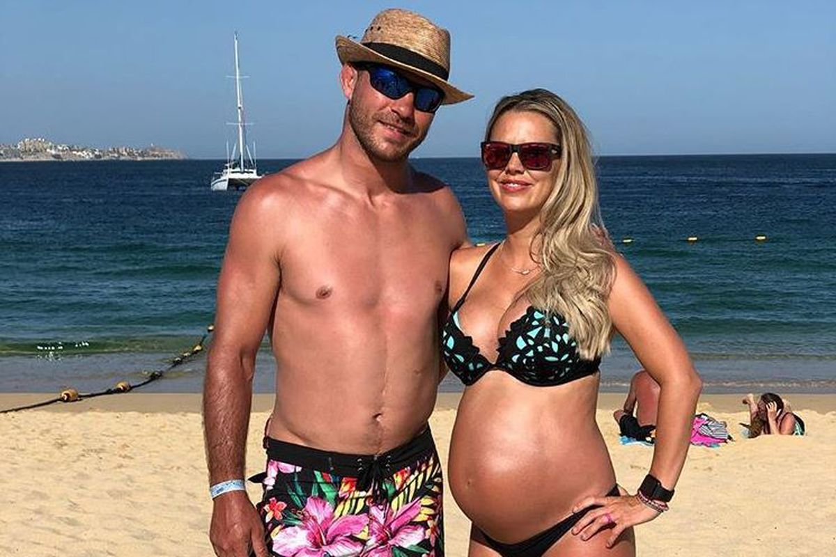 Midnight Mania Cowboy Cerrone Takes His Pregnant Mama Bear Wakesurfing Mmamania Com