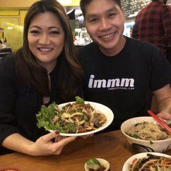 Ji Suk Yi with Dew Suriyawan of Immm Rice and Beyond Restaurant in Uptown. | Brian Rich/ Sun-Times