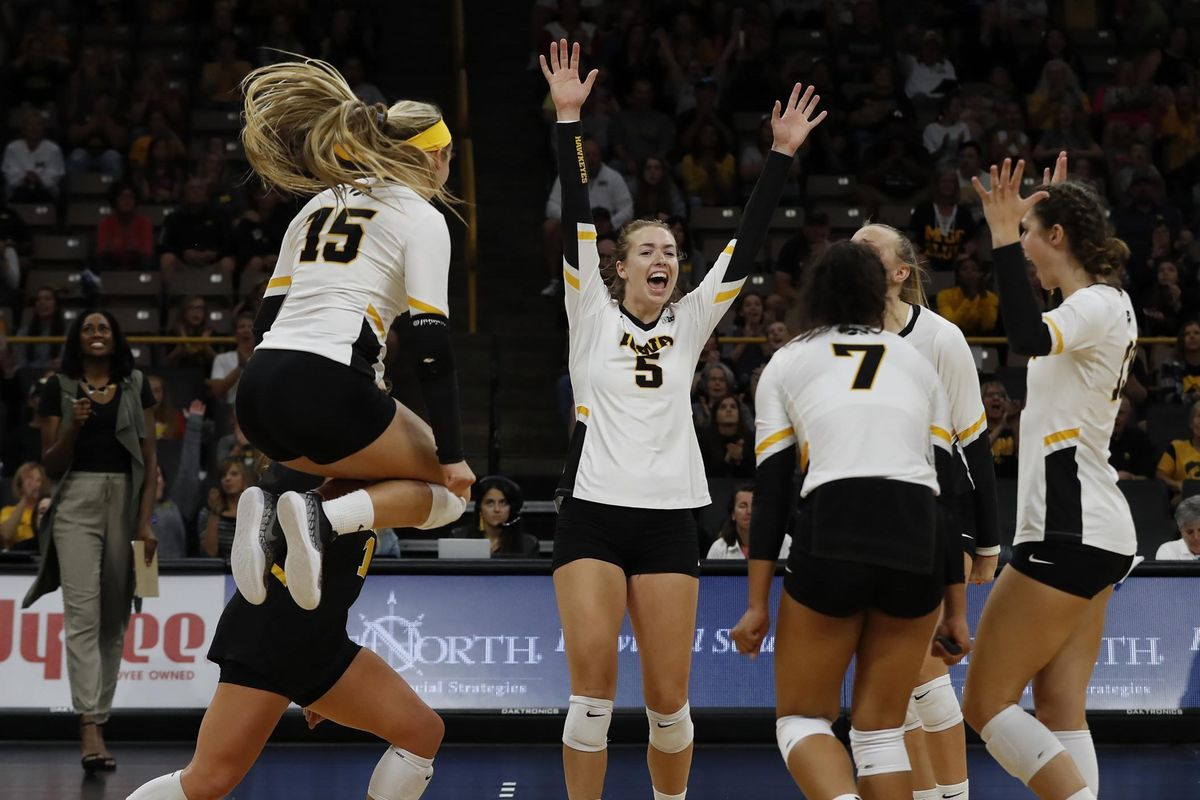 2019 Iowa Volleyball Season Preview - Black Heart Gold Pants
