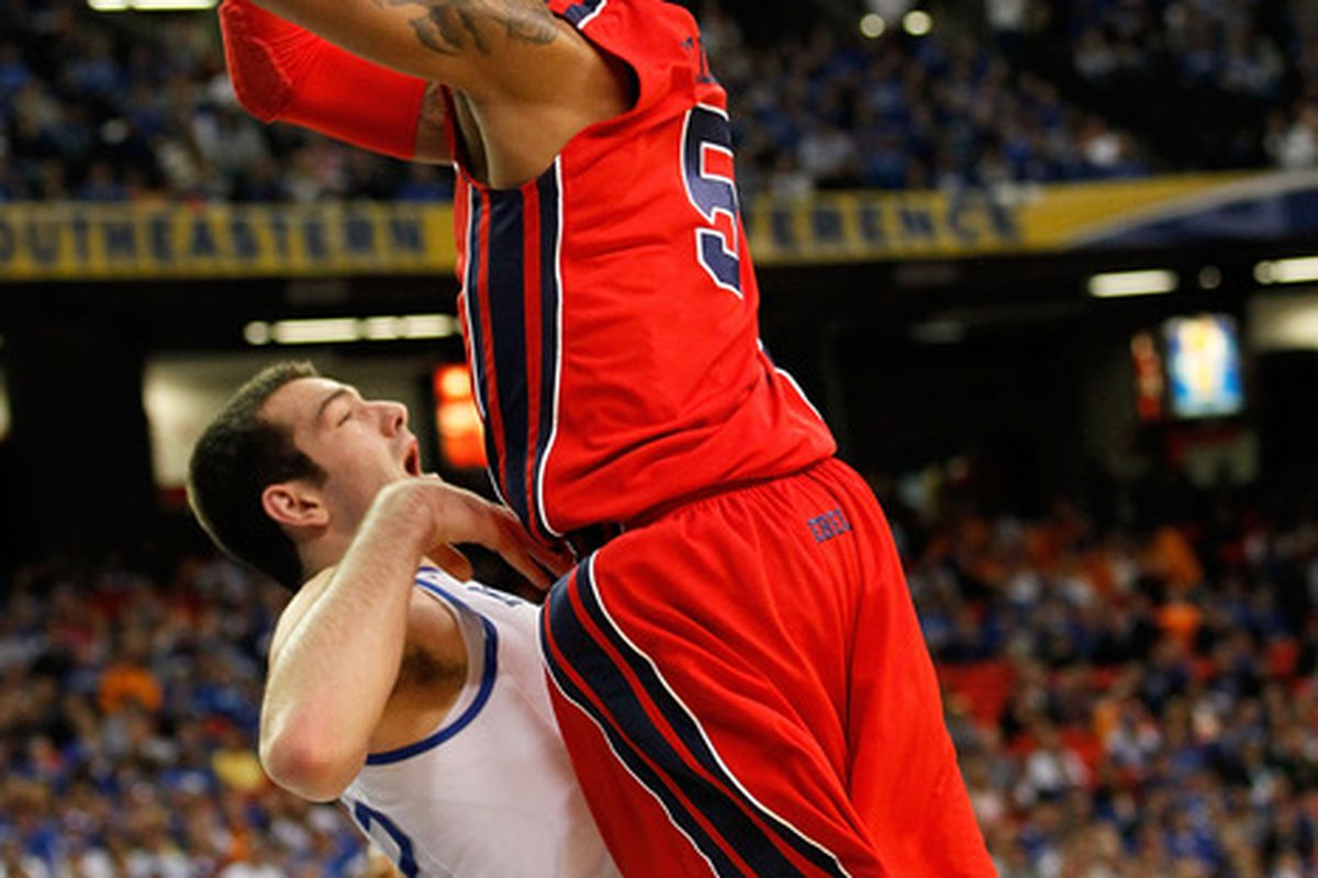 Dundrecous Nelson led the Rebs with 22 points last night.