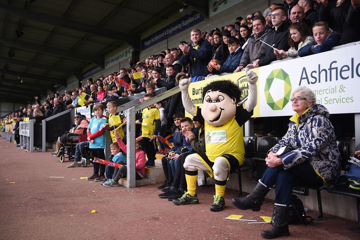 Burton Albion v Bolton Wanderers - Sky Bet Championship