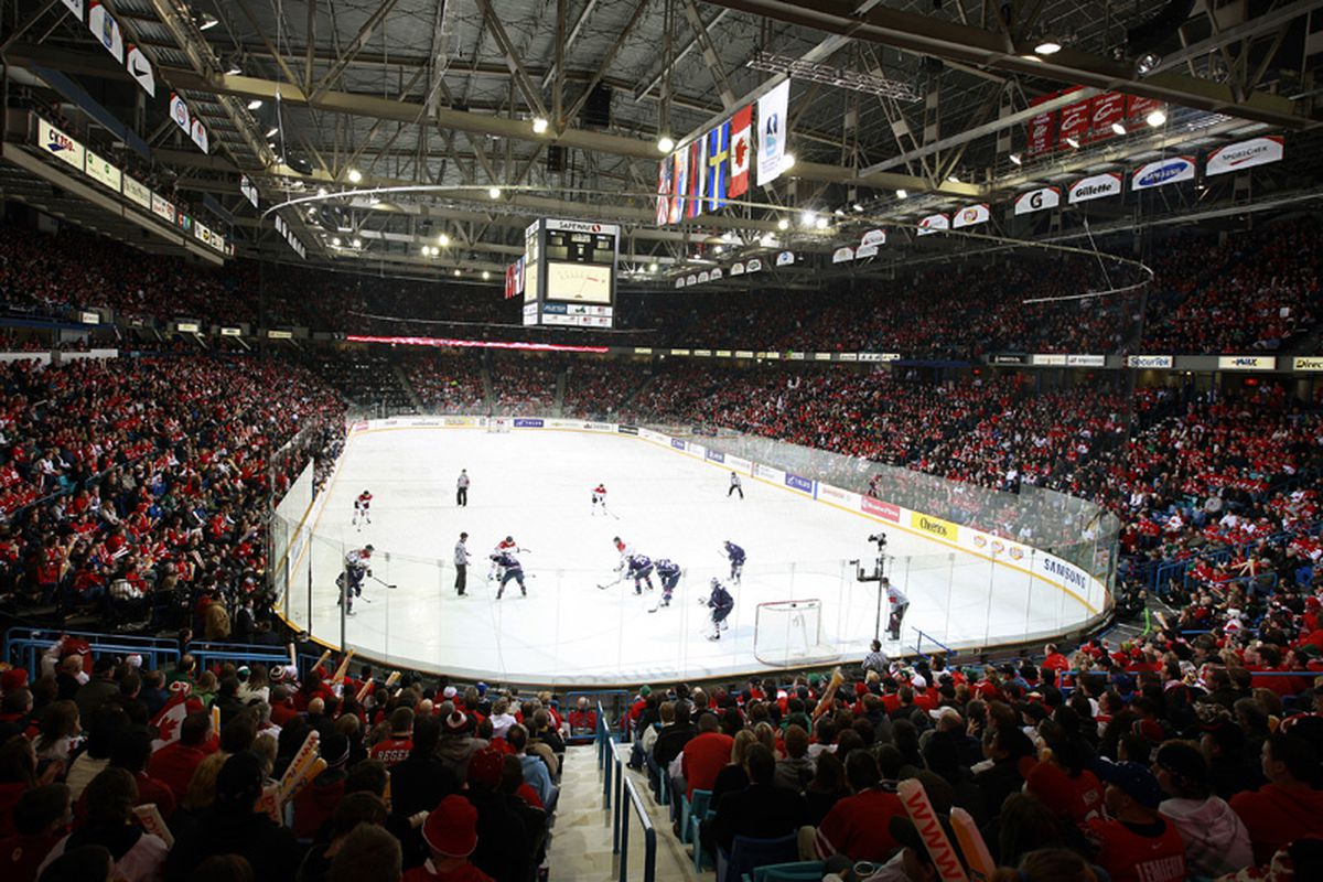 """via <a href=""""http://www.hockeycanada.ca/client_asset/digital_asset/6/9/8/3/7/image_e8522968d25d279305b687873b21b3d7.jpg"""">www.hockeycanada.ca</a>"""
