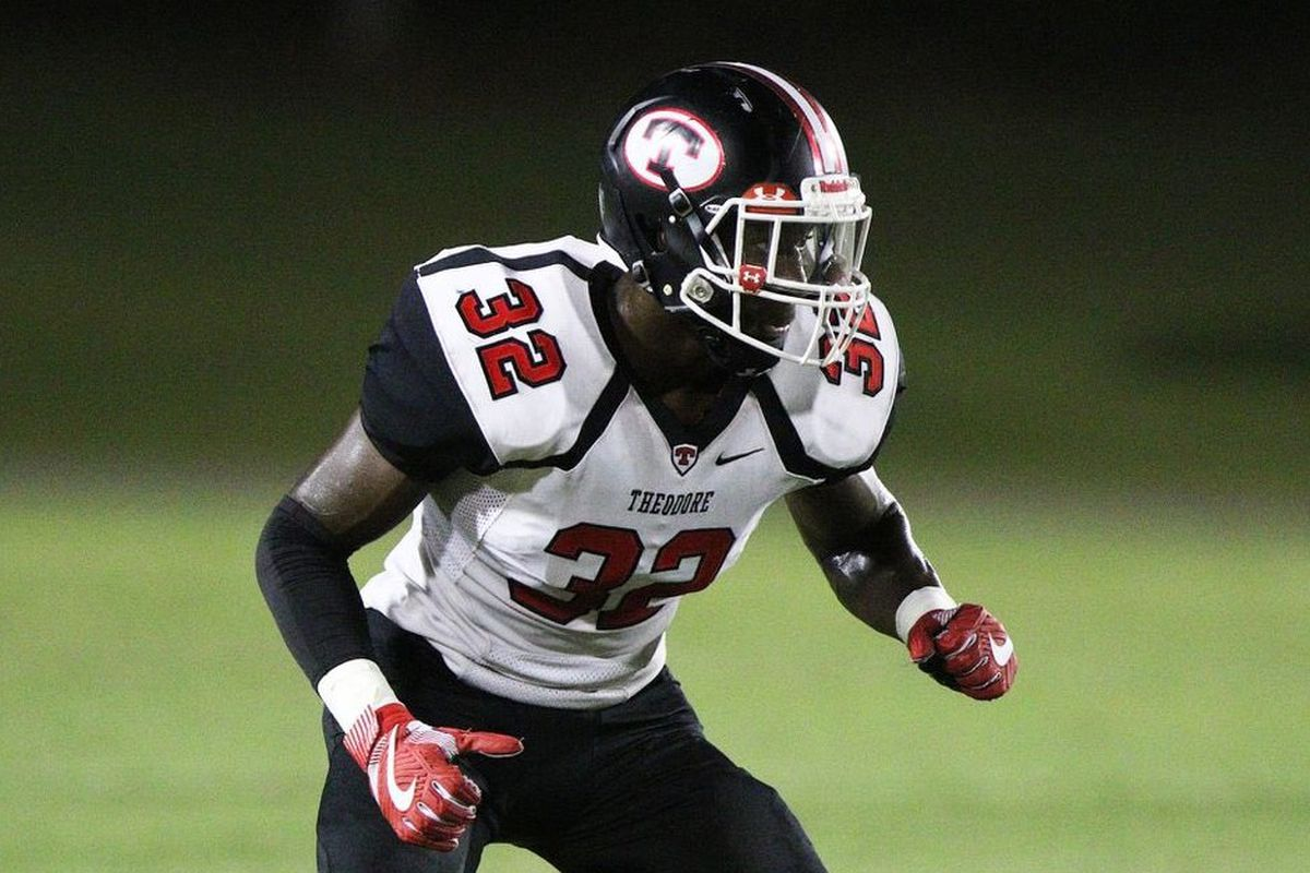 Top Linebacker Recruits 2020.Alabama Football Recruiting 2020 Tide Gets Commitment From Top In