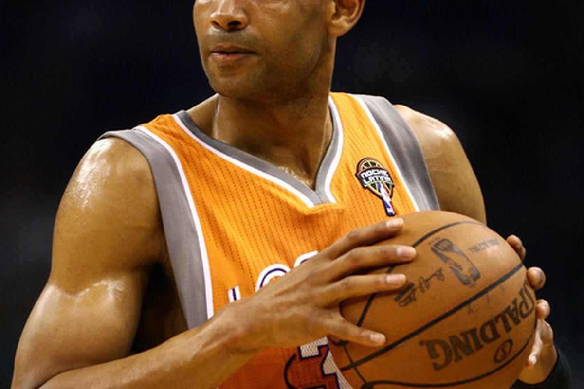 Mar 21, 2012; Orlando, FL, USA; Phoenix Suns small forward Grant Hill (33) during the first quarter at Amway Center. The Orlando Magic defeated the Phoenix Suns 103-93. Mandatory Credit: Douglas Jones-US PRESSWIRE