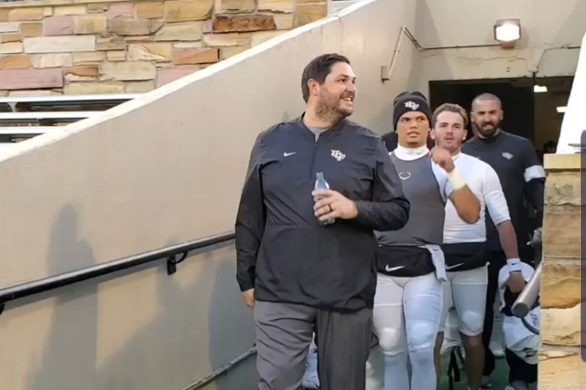 Oc Qb Coach Jeff Lebby Leaves For Ole Miss Marking Ucf S First Coaching Change In 2 Seasons Black Gold Banneret