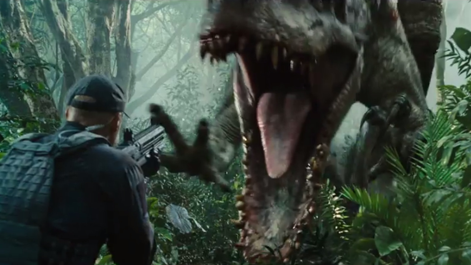 Watch Jurassic World S New Dinosaur Rampage In Super Bowl