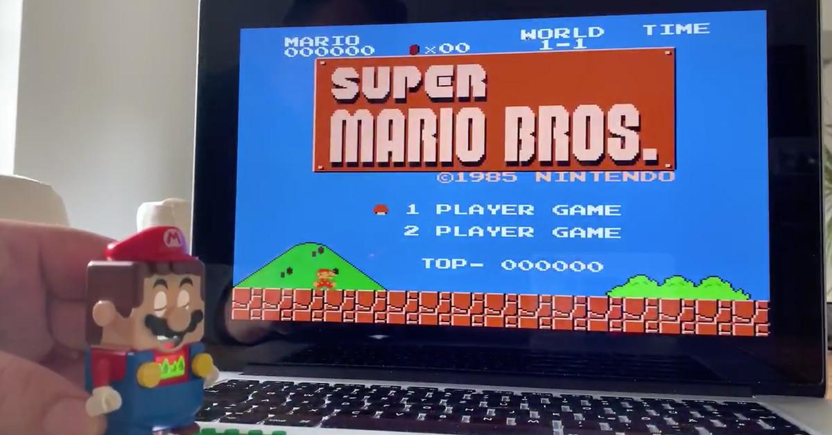 Hacker turns little Lego man Mario into Super Mario Bros. controller