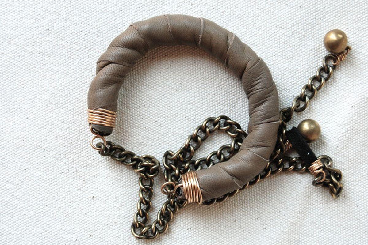 "Karban convertible jewelry via <a href=""http://beatricekim.com/KARBAN-1"">Beatrice Kim</a>"