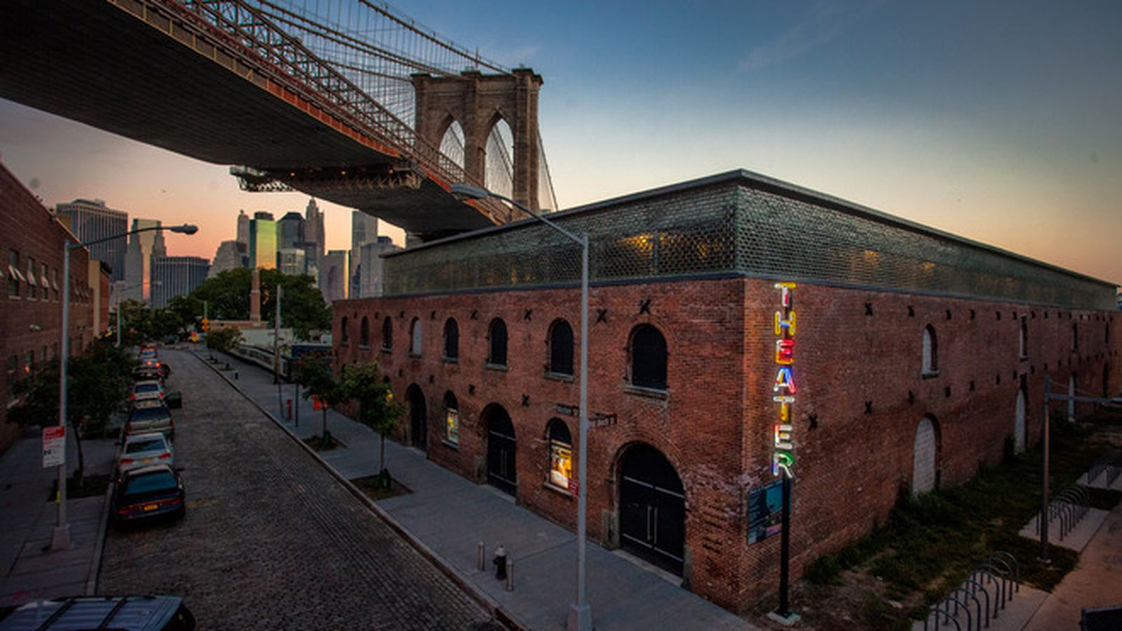 St Ann S Reveals New Theater At Dumbo S Tobacco Warehouse