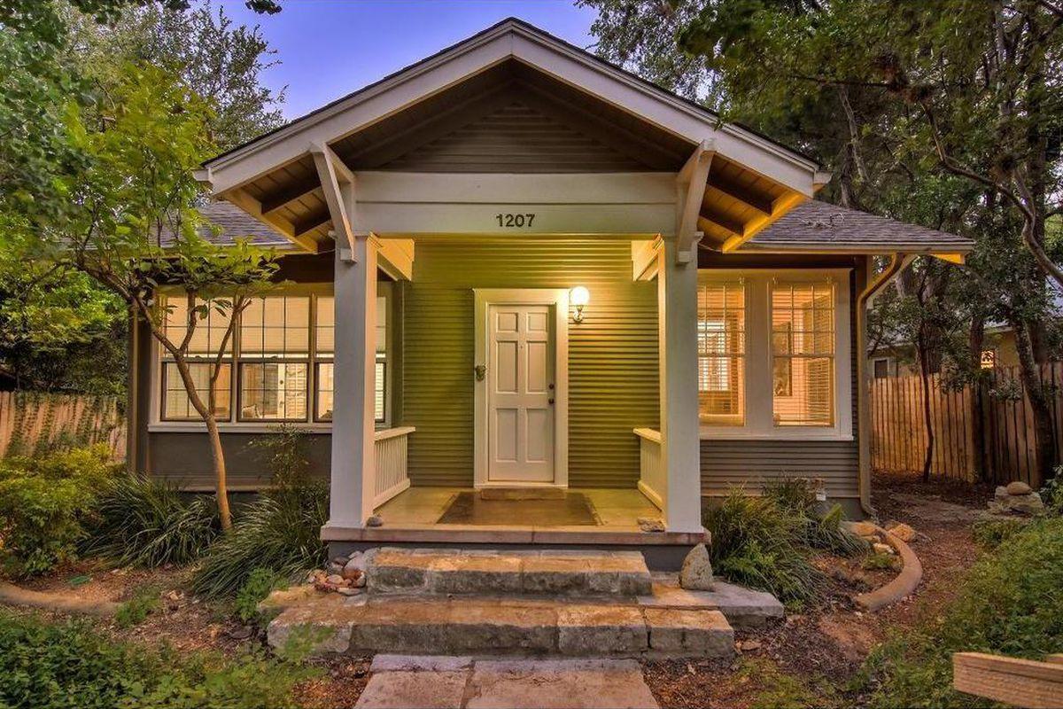 Reimagined Clarksville Craftsman Asks 885k Curbed Austin