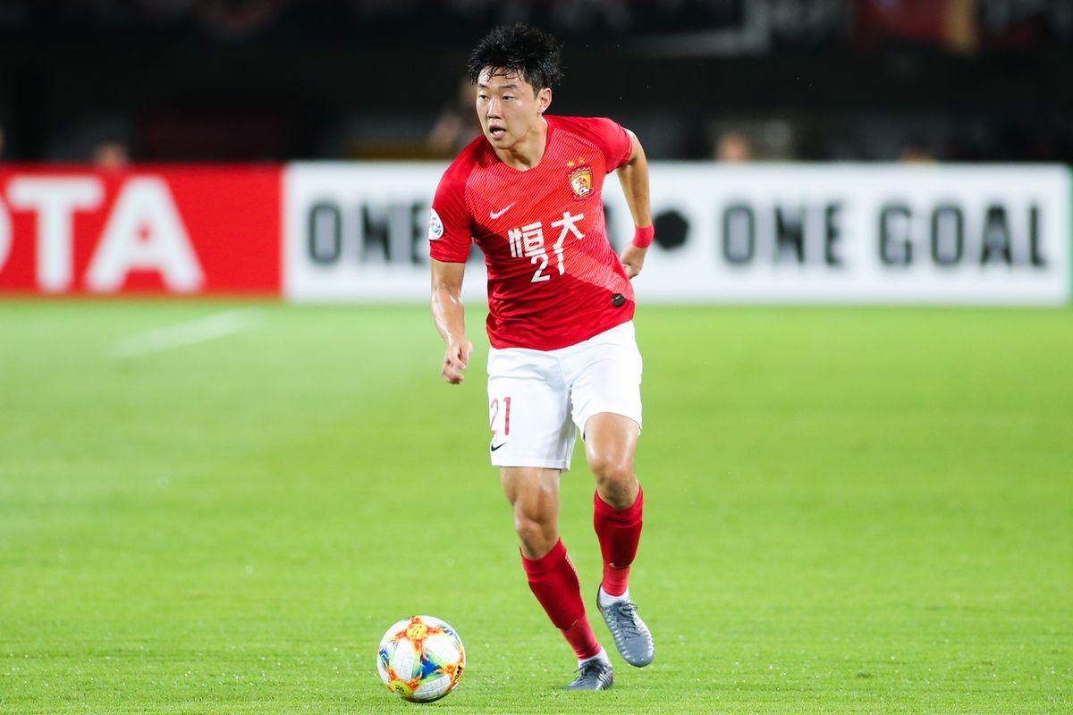 Guangzhou Evergrande v Shandong Luneng - AFC Champions League Round of 16 1st Leg
