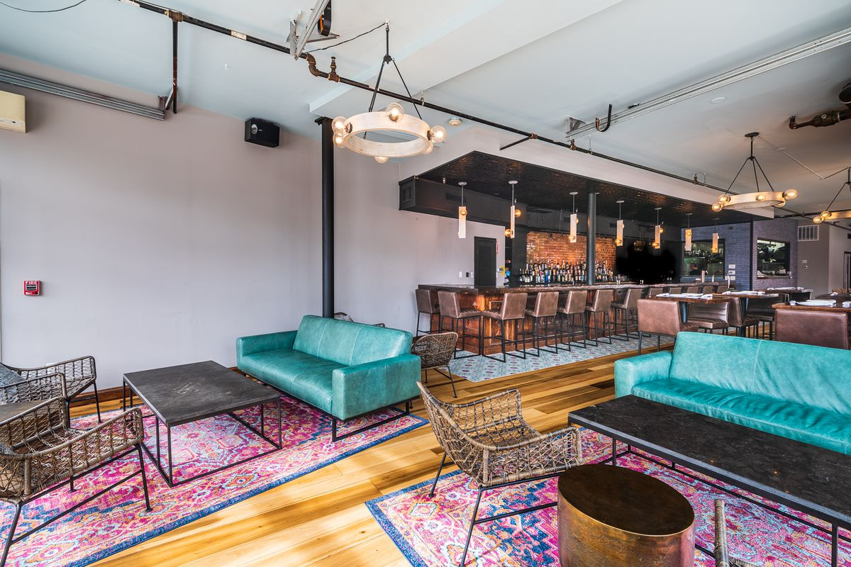 Sofas and lounge chairs at Makan