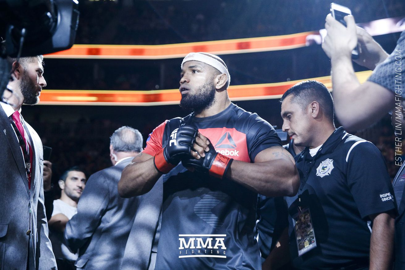 Despite UFC 213 loss, Yoel Romero still wants Michael Bisping: 'He needs to pay' for disrespecting Cuban flag