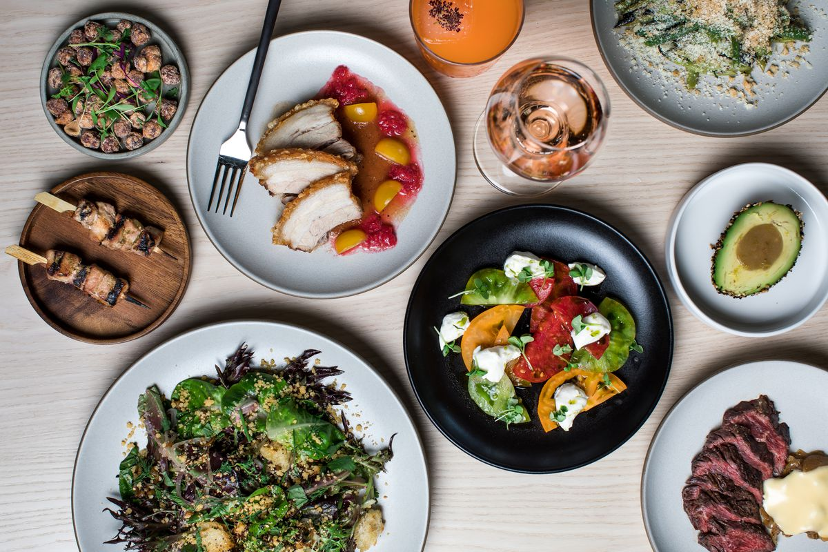 An overhead picture of several small and large plates at G-Love