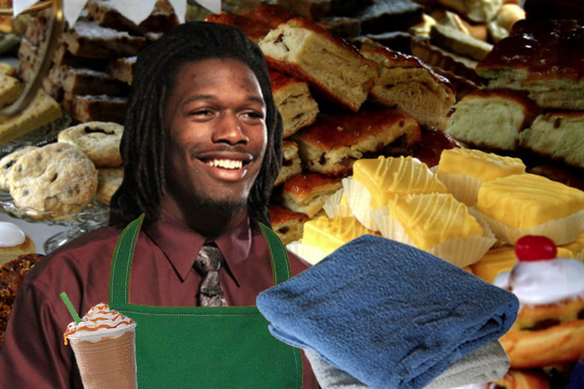 Alternative Universe Jadeveon Clowney: A man of Mochaccinos, fresh towels, and pastries.