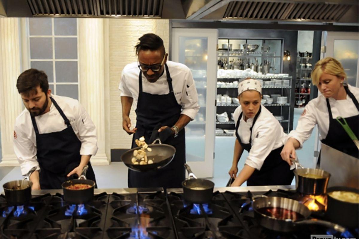 Top Chef: Last Chance Kitchen Returns December 10 - Eater