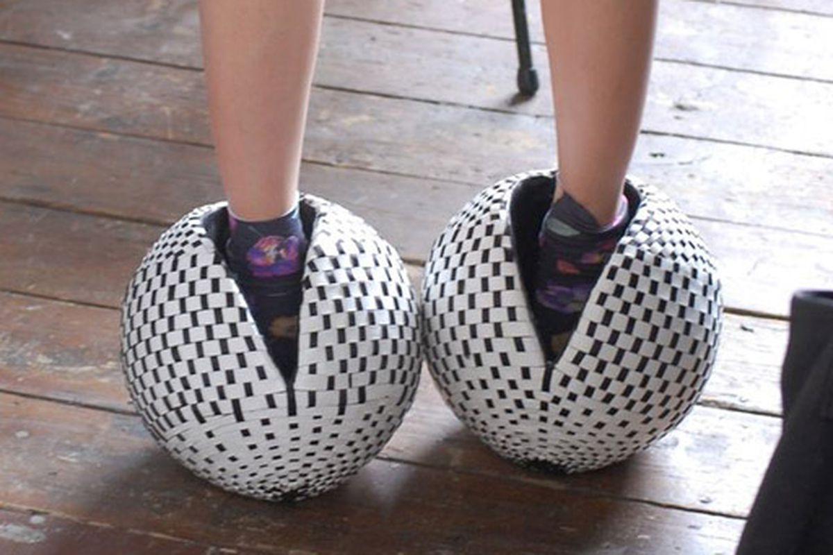 "Susie Bubble models Atalanta Weller's ""football"" shoes. Via <a href=""http://www.stylebubble.co.uk/style_bubble/2010/07/atawellerwelleroh.html"">Style Bubble</a>"