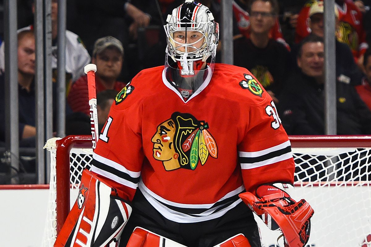 Antti Raanta is in goal for Chicago tonight.