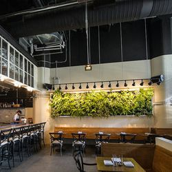 """<a href=""""http://ny.eater.com/archives/2012/07/governor_the_colonie_teams_new_dumbo_restaurant.php"""">NYC: <strong>Governor</strong>, the Colonie Team's New Dumbo Restaurant</a> [Krieger]"""