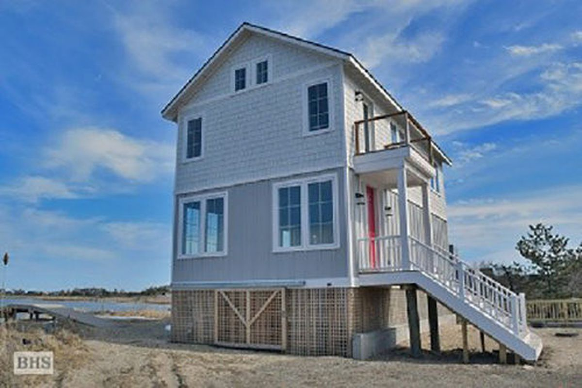 1025 Flying Point Road, Water Mill