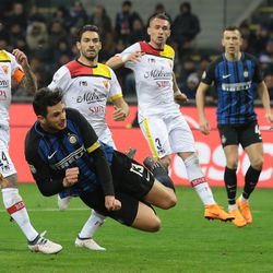 Andrea Ranocchia of FC Internazionale Milano scores his goal during the serie A match between FC Internazionale and Benevento Calcio at Stadio Giuseppe Meazza on February 24, 2018 in Milan, Italy.