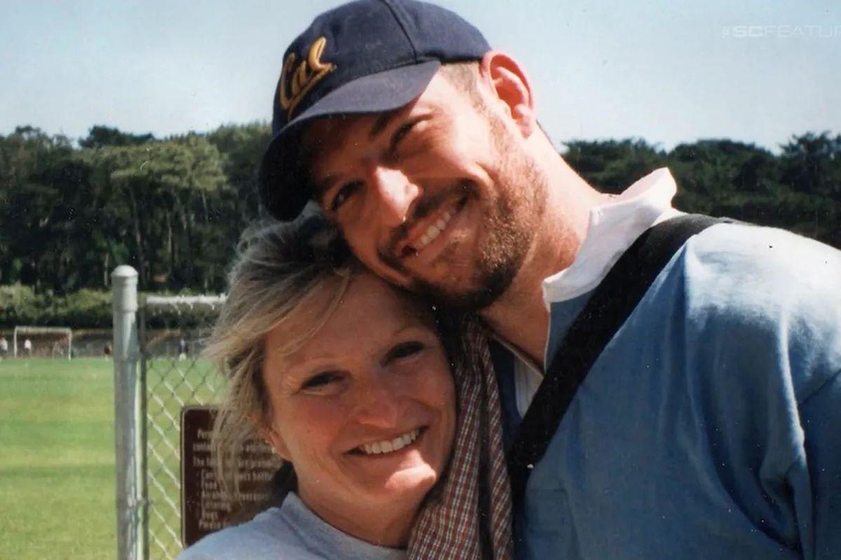 Mark Bingham with his mother, Alice Hoagland.