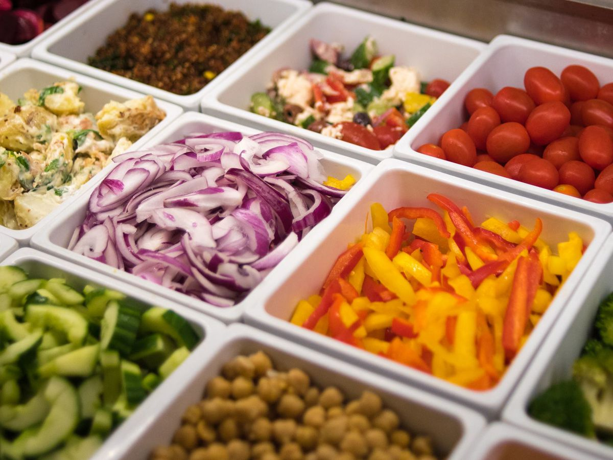 10 Spots For Exciting Salad Bars In Chicago