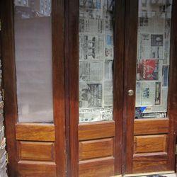 Doors and exterior walls at Han Dynasty. [Photo: ~ENY~]