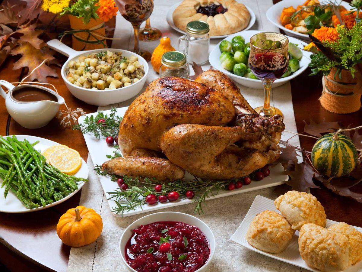 Minneapolis restaurants open on thanksgiving 100 images for Restaurants serving thanksgiving dinner 2017 near me