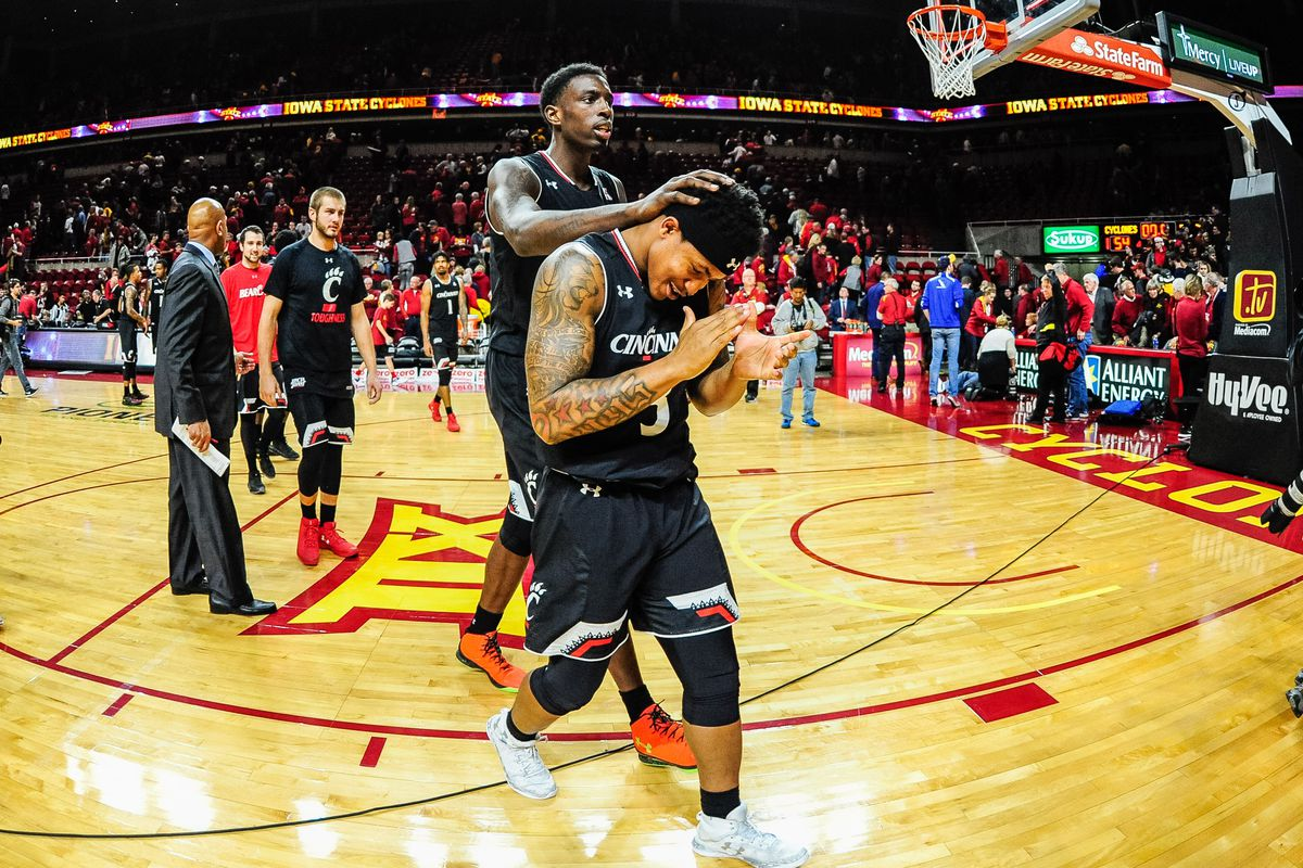Bearcats Grind Out Upset of No. 19 Iowa State - Down The Drive