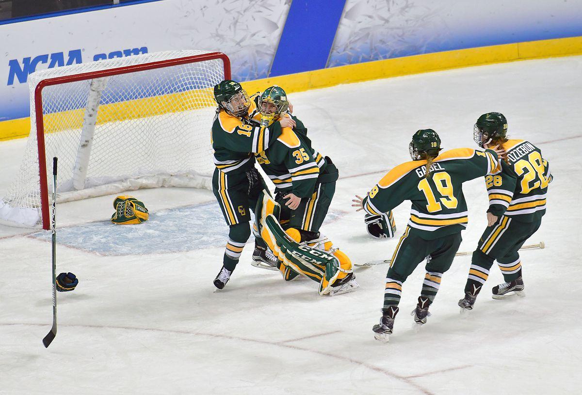 NCAA HOCKEY: MAR 19 Women's - Division I Championship - Wisconsin v Clarkson