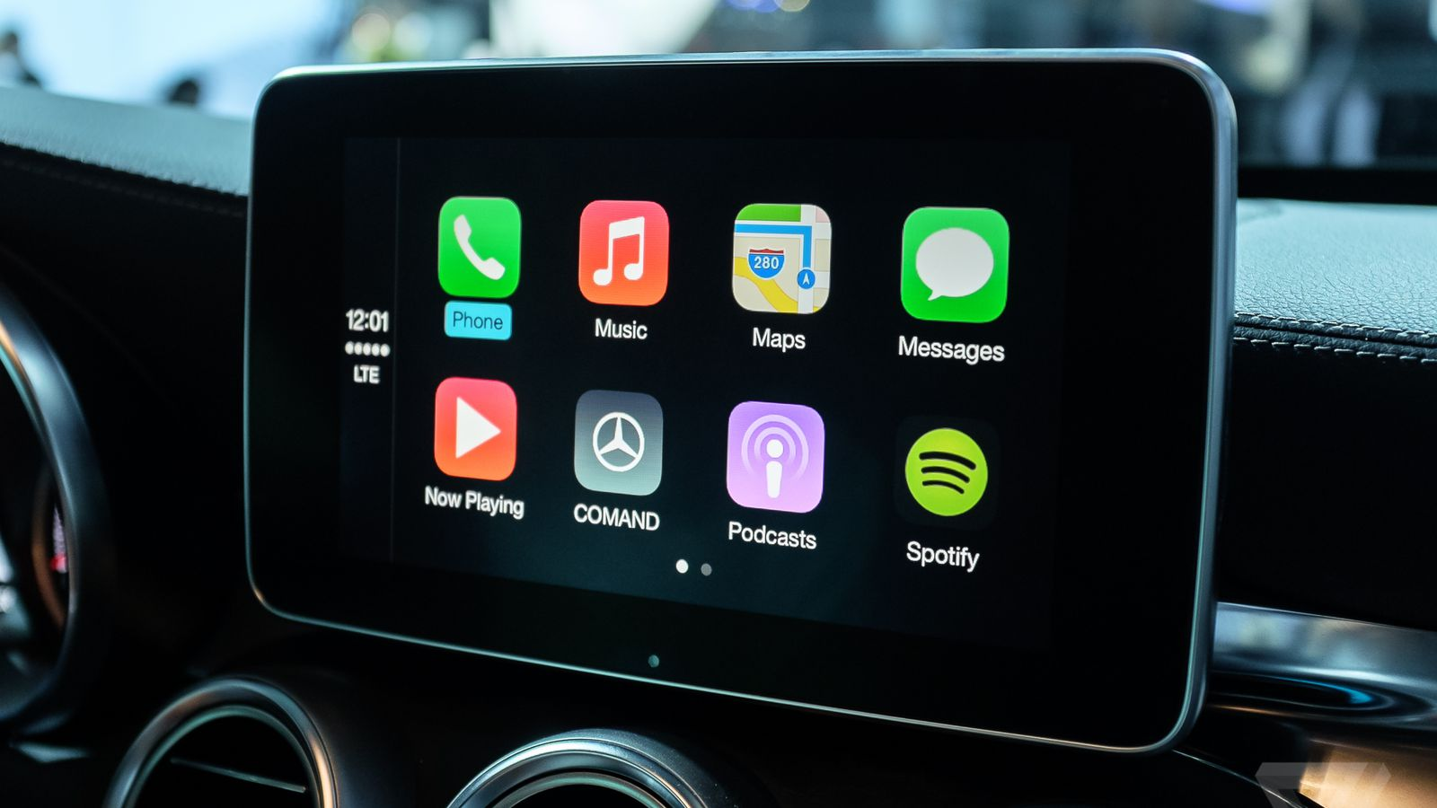 Google Play Music now works with Apple's CarPlay