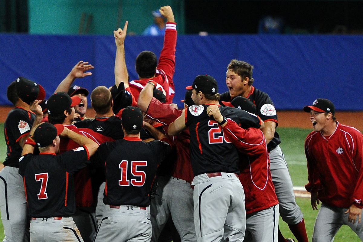 Canada upset the U.S. to win their first gold medal at the 2011 Pan American Games in Guadalajara, Mexico.