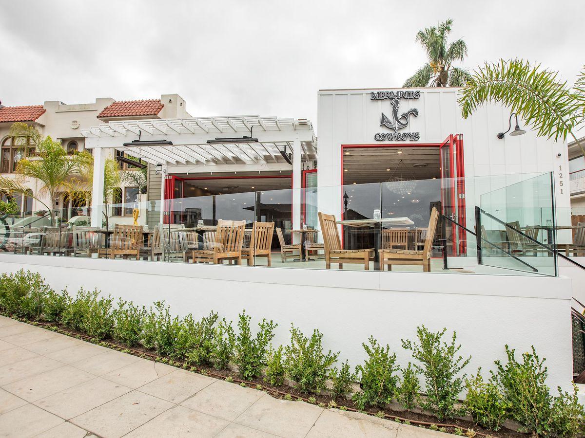 Front patio at Mermaids & Cowboys in La Jolla
