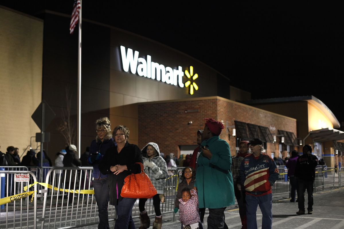 Consumers Get Jump On Black Friday Deals By Shopping Thursday Evening