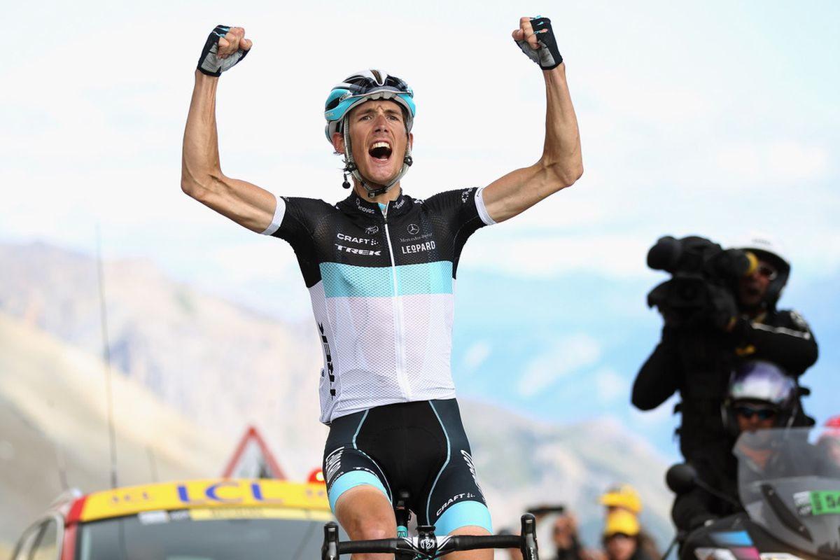 Le Tour 100, by Isabel Best, Peter Cossins, Clare Griffith + Chris Sidwells: Andy Schleck wins on the Galibier