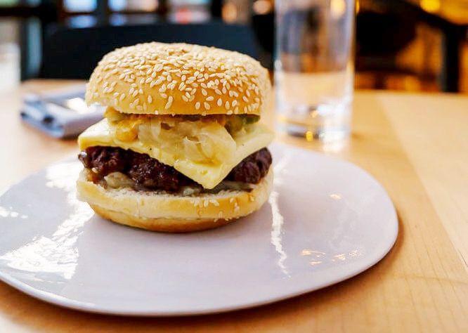 b4ae8eda7603 D.C.'s 15 Essential Burgers - Eater DC